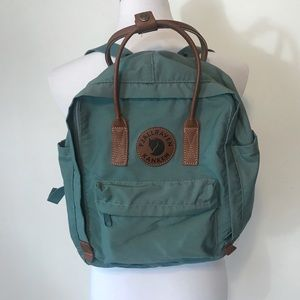Fjallraven Kanken Classic Backpack (rare color)